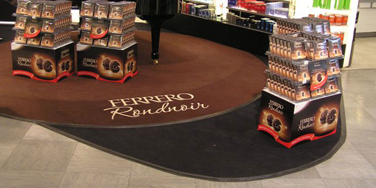 Big-Size - personalised mat with printed Ferrero Rondnoir logo promoting sweets
